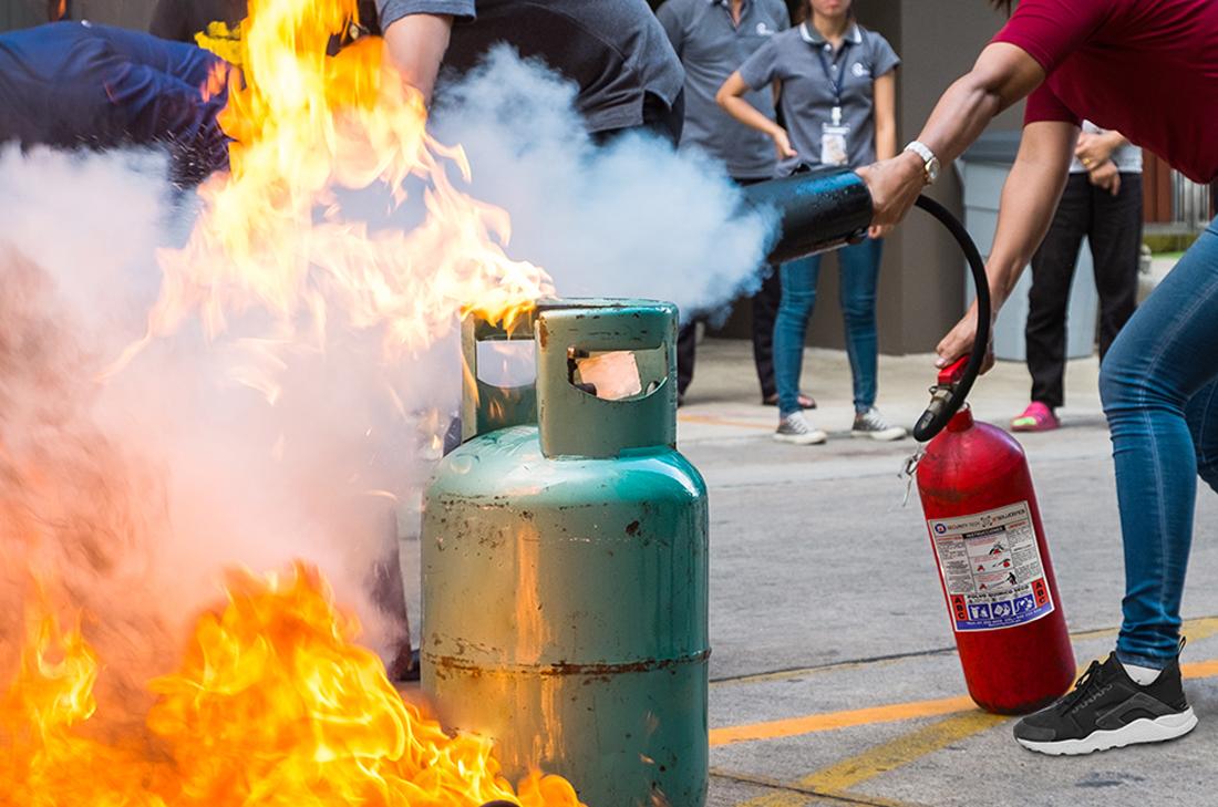 Cómo y cuándo usar un extintor de incendios